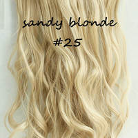 """20"""" Full Head Clip In Hair Extensions Wavy (8 Wefts / 25 Sandy Blonde)"""
