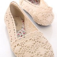 Beige Crochet Knitted Closed Toe Flats