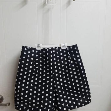 Polka - dot - pinup - rockabilly - 50s - style - high - waist - shorts