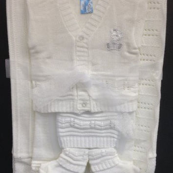Newborn Baby Boy Girl 5 Piece Gift Set christening baptism brit mila/hat-socks-blanket-tops-pants/xs-s/3 months/white