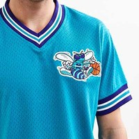 Mitchell & Ness NBA Charlotte Hornets Mesh V-Neck Top - Urban Outfitters