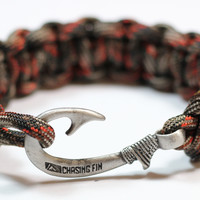 Cobra Braid Fish Hook Bracelet (Fall Camo)