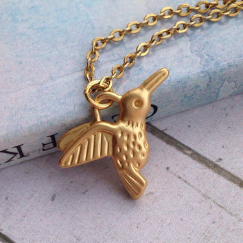 Personalised Hummingbird Necklace. Gold Charm Necklace Layered Necklace. Delicate Jewelry
