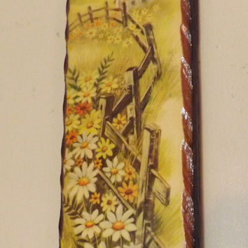 retro farmhouse Daisy cottage wall hanging, rustic Prairie fence posts Painting
