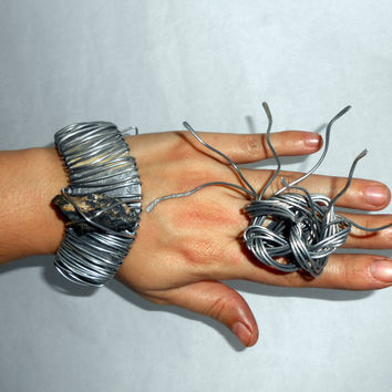 Lodestone jewelry set - ring and modern chunky cuff - adjustable unique original wire wrapped set