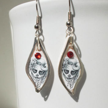Female Sugar Skull Earrings - gothic, gift for her, girlfriend, sister, teenager, day of dead, halloween, geek