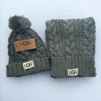 UGG Women Men Embroidery Beanies Knit Hat Warm Woolen Hat Scarf Set Grey