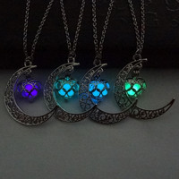 Fashion Luminous Glow In the Dark Necklace Sailor Moon Pendant Necklace For Women Heart Necklace N2378