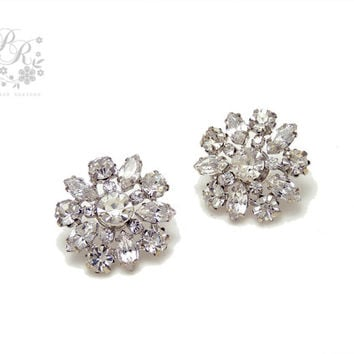 Wedding Earrings Rhinestones Earrings Wedding Jewelry Bridal earrings Bridesmaid Earrings Wedding Accessory, daisy