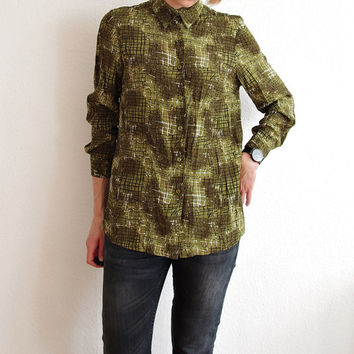 90s Crazy Checker Shirt / Khaki Military Color / Viscose Fabric / Women Size M