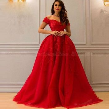 Red Puffy Arabic Evening Gowns Off the Shoulder Lace Appliques Beaded Long Evening Dress in Dubai Robe De Soiree Kaftan Gowns