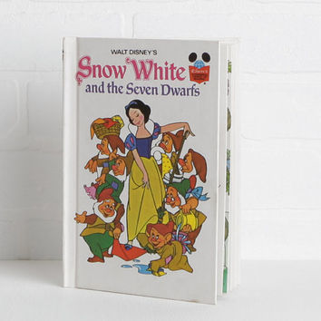 Vintage 70s Disney Children's Book, Snow White and the Seven Dwarfs Kids Book