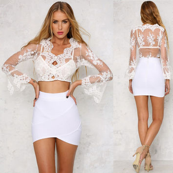 Sexy V-Neck Organza Embroidered Shirts Lace Blouse Crop Tops Flare Sleeve