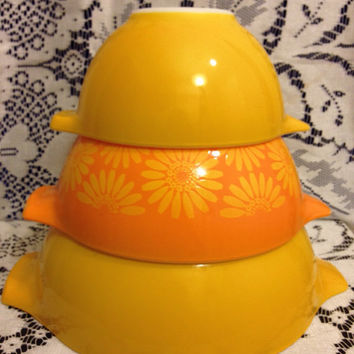Sunflower Daisy Orange and Yellow Pyrex Cinderella Nesting Bowl Set Patterns #441, #442 and #443 - Vintage 1960's