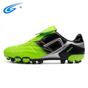 ZHENZU Professional Soccer Shoes Breathable Hard-Wearing Sneakers Men FG Outdoor Futsal Cleats Adults Trainers Football Boots
