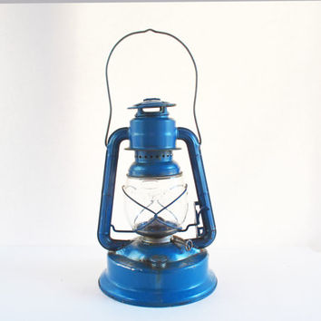 Vintage Dietz Lantern, Railroad Oil Lamp, Barn Lantern, Dietz No 1 Little Wizard, Hanging Lantern, Rustic Lamp, Outdoor Lighting, Blue Lamp