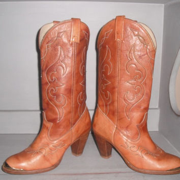 vintage Caramel  Honey Brown Western  Leather Cow Girl BOOTS Wood Stacked Heel ~ Woman's 7