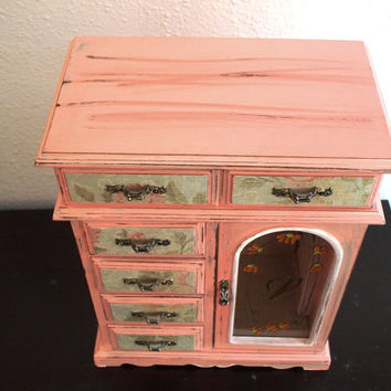Sweet Peach Hand Painted Wooden jewelry box by miloblukiki on Etsy