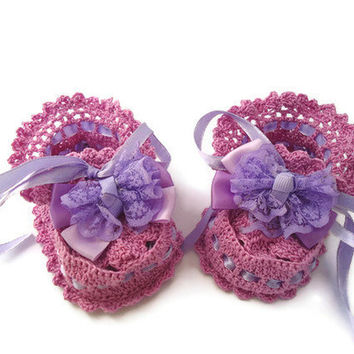 Baby booties,  socks. Crochet Baby Booties