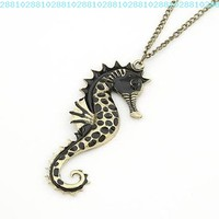 niceeshop(TM) Vintage Seahorse Pendant Necklace Aquatic Organism,Black