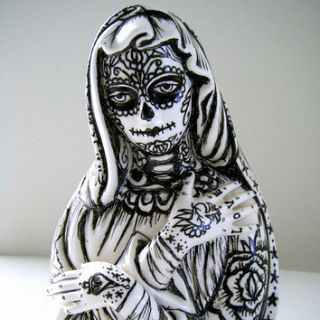 Ceramic Planter Day of the Dead Dia de los Muertos Tattoos Black White Sugar Skull Hand Painted Madonna vase Virgin Mary vintage upcycled