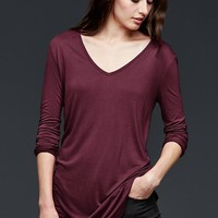 Shirttail V Neck Top