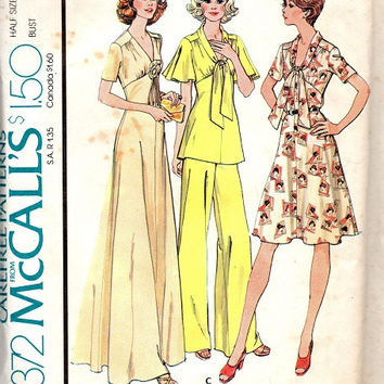 Retro Disco Style 70s McCall's Sewing Pattern Boho Hippie Party Dress Wide Leg Pants Butterfly Sleeve Tunic Empire Waist Plus Size Bust 41
