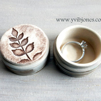 Pretty Ring Box, Anniversary Jewelry Keepsake Box, Nature Inspired Small Box, Birthday Gift, Earthy Olive Green Pottery Wooden Box