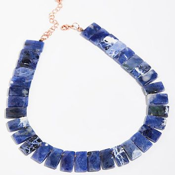 Shield Stone Collar