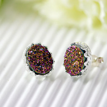 Druzy Earrings,Crown,Stud Earrings,Geode,Gemstone earrings,bridesmaid gift,Quartz Earrings,Trending,Birthday Gifts,Gifts idea,July finds