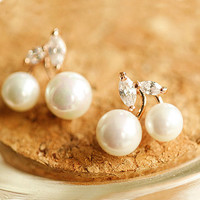 Fruit of Pearl Rhinestone Earrings