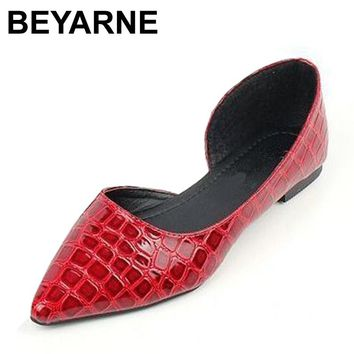 BEYARNE Tortoise cutout snakeskin pointed toe flat shoes shallow mouth japanned leather flat heel women's shoes
