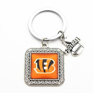 1pcs Silver Square Keychains Cincinnati Bengals Glass Print Pendant For Women Men I Love Football Key Chains Key Ring Jewelry