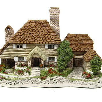 Retired Kent Cottage David Winter Cottages Made in Great Britain John Hine Ltd.