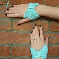$16.00 Aqua Bow Mitts (Other Colors Available) by Shivvers on Etsy