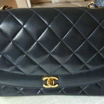 VOND4H Chanel classic flap bag black lamb leather gold.chain small