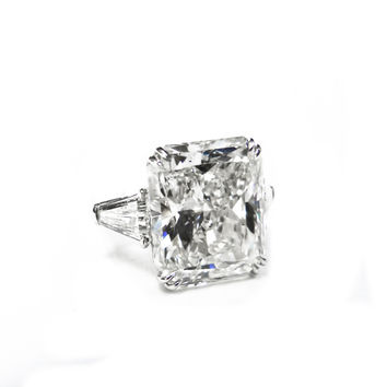 Spectacular 16.37 Carat Diamond Ring
