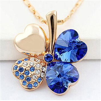 Lady Clover Necklaces Pendant Heart Crystal from Swarovski Gol 37404277f6