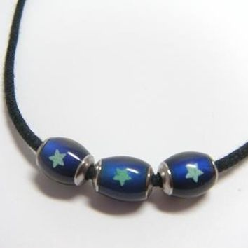 Mood Bead Necklace w/Glow in the Dark Stars by justByou on Etsy