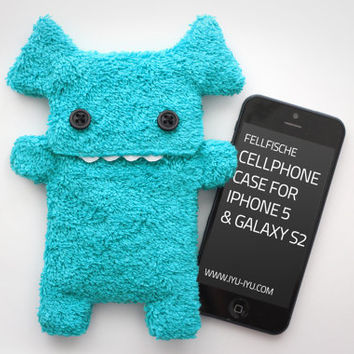 Fluffy Cellphone Case for iPhone 5 & Galaxy S2 - Fellfische - Turquoise