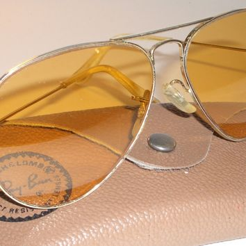 1970's 58 14 BAUSCH & LOMB RAY BAN GP ALL WEATHER AMBERMATIC AVIATOR SUNGLASSES