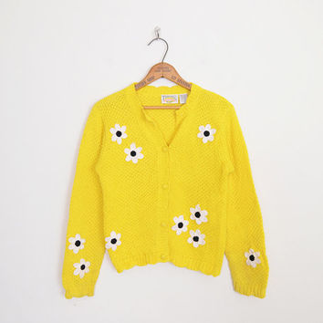 Daisy Sweater Daisy Embroider Sweater Embroider Cardigan Yellow Sweater Yellow Cardigan 90s Sweater 90s Cardigan 90s Grunge Sweater S Small