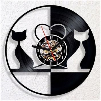 Round Black and White Cat Backlit LED - 7 Colors - Vinyl Record Clock