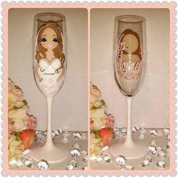 Custom Bride to be  wedding champagne glass flute personalized bridesmaid gifts, bridal shower,hand painted, wine glass, bachelorette party
