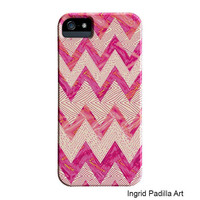 Chevron iPhone 5 Case or iPhone 4 case, Unique iPhone case, Chevron in Pink, iPhone cover, hard plastic, barely there, iPhone5 case
