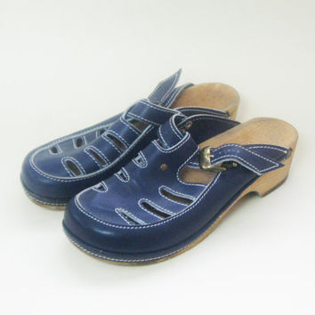 70s Navy Blue Mary Jane Clogs Womens Size 8