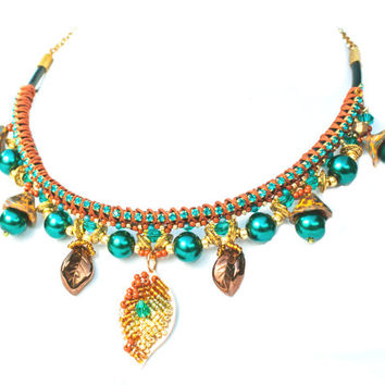 Green emerald and brown necklace statement on leather