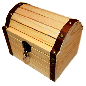 """Lil' Genius Academy Wooden Treasure Chest 6.24"""" X 5.19"""" X 5.14"""" With A Working Lock And A Pair Of Keys, Great For Kids To Explore Their ENDLESS Imagination"""