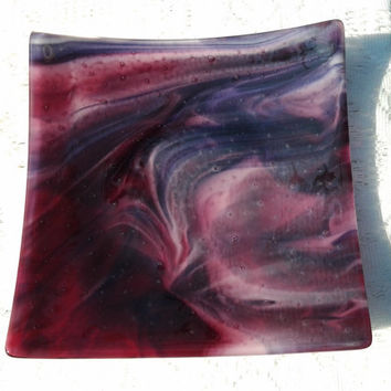 Fused Glass Dish, Purple Cranberry Glass Dish, Gold Purple Cranberry Pink Sushi Art Glass Plate, Home and Living