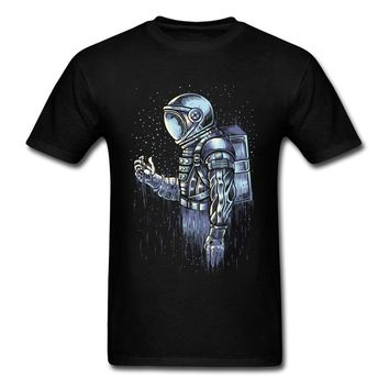 Disappear T-shirts Fitted Men T Shirt Birthday Tshirts NEW YEAR DAY Cotton Fabric Tees Astronaut Print Clothes Black Top Quality